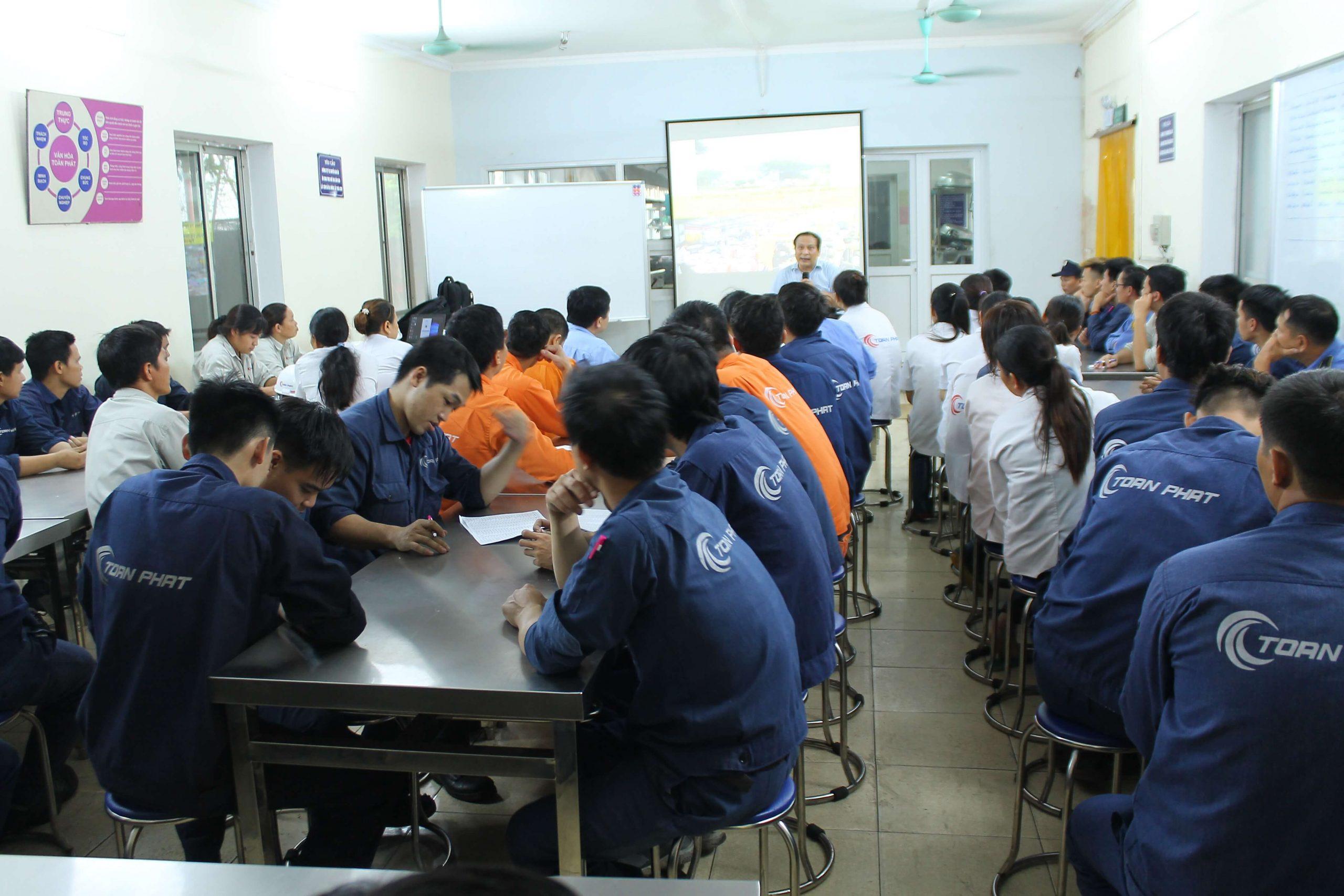 Huấn luyện an toàn lao động, vệ sinh lao động tại công ty cổ phần ống đồng Toàn Phát