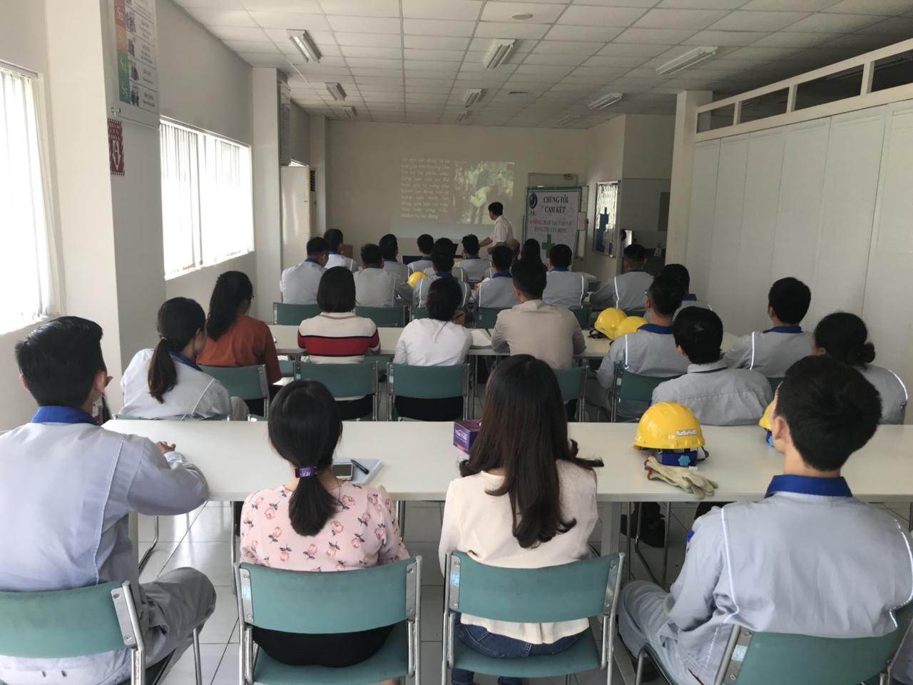 Thông báo mở lớp huấn luyện an toàn lao động theo NĐ 44/2016