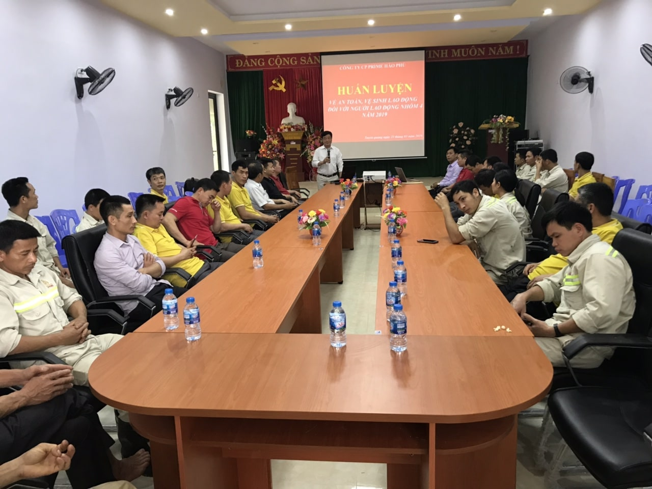 Huấn luyện an toàn lao động, vệ sinh lao động tại Công ty CP Prime Hào Phú