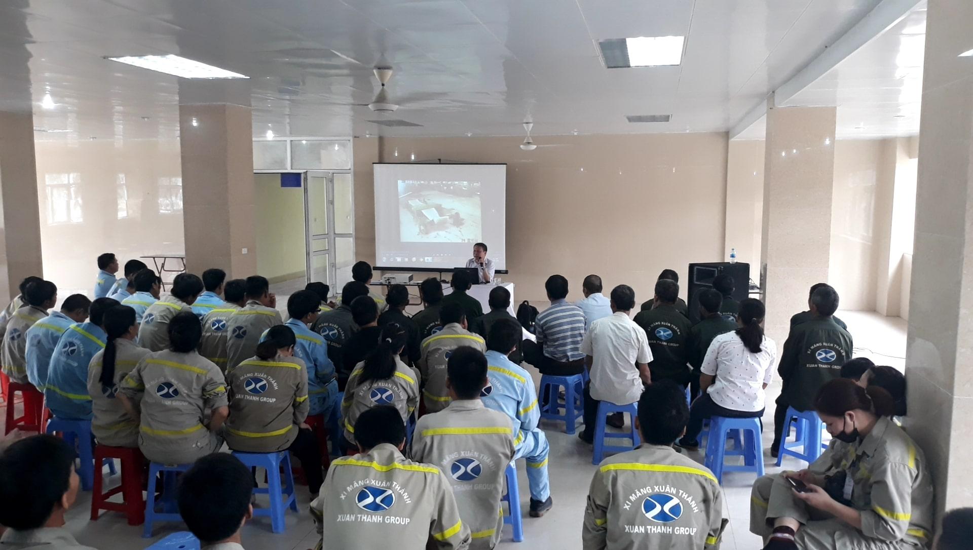 Huấn luyện an toàn, vệ sinh lao động tại Công ty cổ phần xi măng Xuân Thành năm 2019